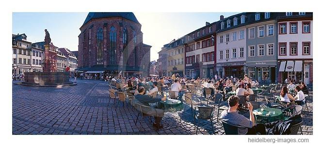 Archiv-Nr. hc2003134 | Gastronomie und Besucher auf dem Marktplatz