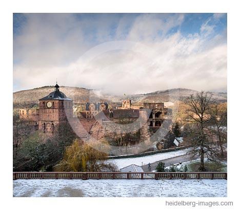 Archiv-Nr. hc2017177 / Winterschneesturm am Heidelberger Schloss