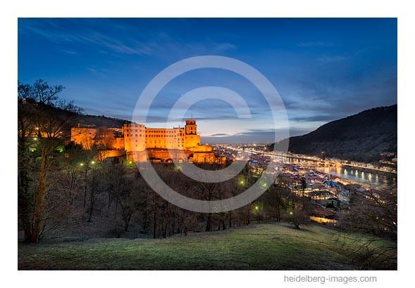 Archiv-Nr. hc2015114 / Abendstimmung am Schloss