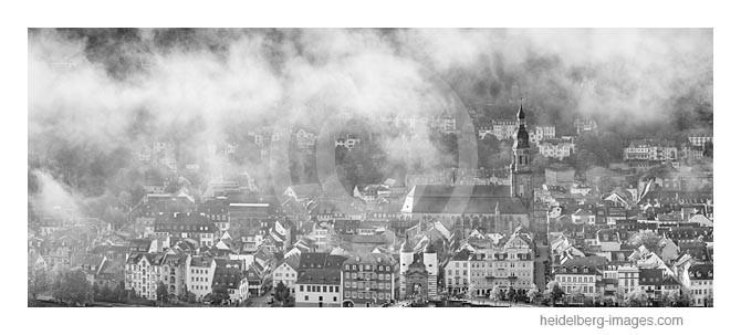 Archiv-Nr. h2014188 | Heidelberg, Altstadt im Morgennebel