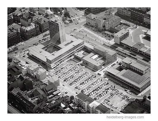 Archiv-Nr. L10/541 / Bismarkplatz und Menglerbau 1962