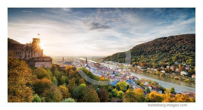 Archiv-Nr. hc2013164 / Herbstlicht und Heidelberger Schloss