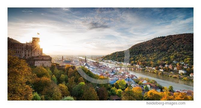Archiv-Nr.hc2013164 / Herbstlicht am Heidelberger Schloss