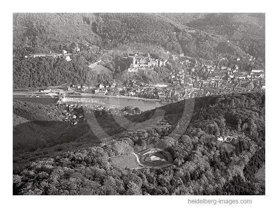 Archiv-Nr. lc_10_879 / Blick über die Thingstätte auf das Heidelberger Schloss