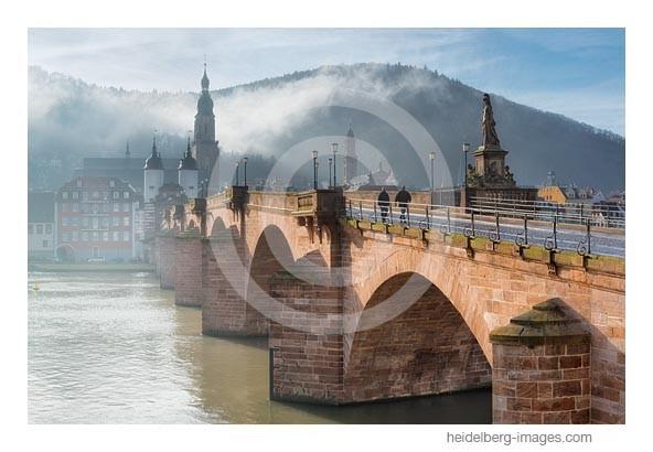 Archiv-Nr. hc2014101 | Morgennebel an der Alten Brücke