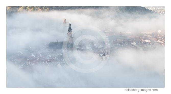 Archiv-Nr. hc2014190 | Altstadt im Morgennebel