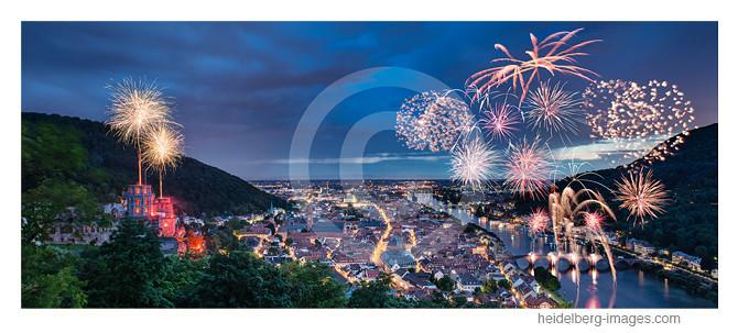 Archiv-Nr. hc2012133pano / Schlossbeleuchtung in Heidelberg