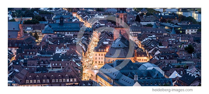 Archiv-Nr. hc2017134 / Heidelberger Altstadt in der Abenddämmerung