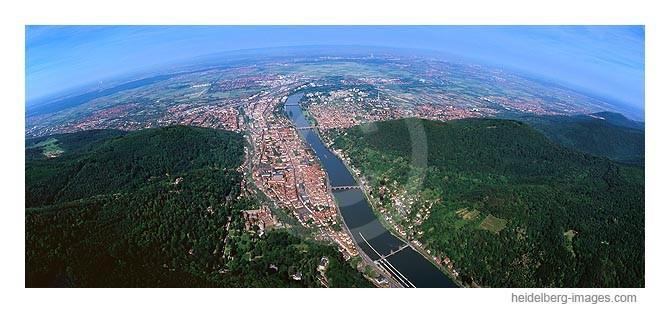 Archiv-Nr. lc_10_6810 / Panorama-Luftbild von Heidelberg mit Blick in die Rheinebene / Pfalz