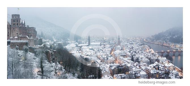 Archiv-Nr. hc2020160 | Übersicht Heidelberger Schloss und Altstadt im Schnee