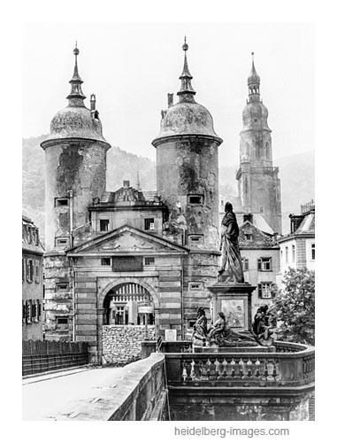 Archiv-Nr. hr135 / Alte Brücke mit Panzersperren