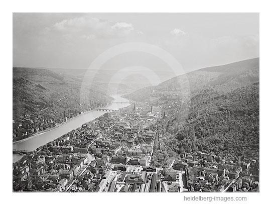 """Archiv-Nr. 7510HR / Luftbild mit """"Altem Bahnhof"""" und Blick ins Neckartal"""