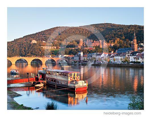 Archiv-Nr. hc2010170 | Blick auf Heidelberg vom Neckarufer aus