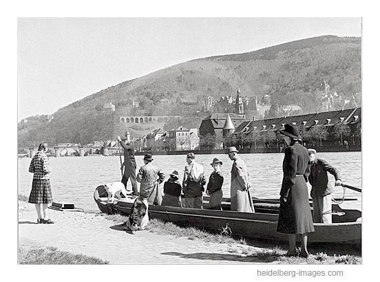Archiv-Nr. 184HR / Rohrmannsche Fähre mit Passagieren