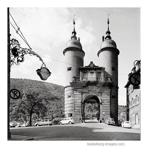 Archiv-Nr. 6526H / Heidelberg, Brückentor der Alten Brücke