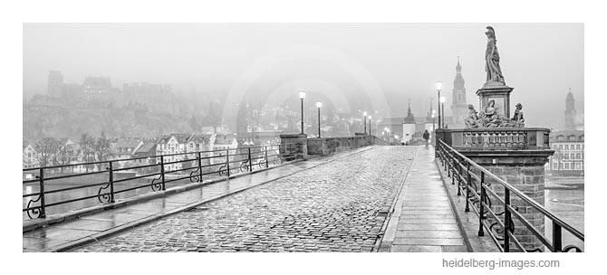 Archiv-Nr. h2013176 | Heidelberg, Alte Brücke im Regen