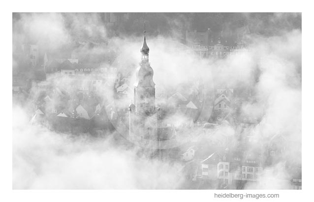 Archiv-Nr. h2017152 | Heidelberg im Nebel, Blick vom Heiligenberg