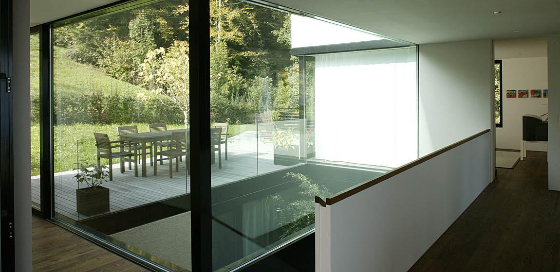 Privatobjekt in Hergiswil - Verglasung Wohnbereich und Terrasse