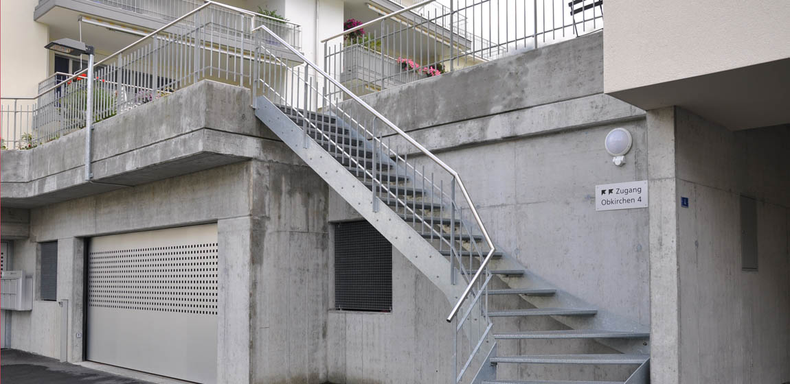 Privatobjekt in Sachseln - Staketengeländer und Aussentreppe aus Stahl