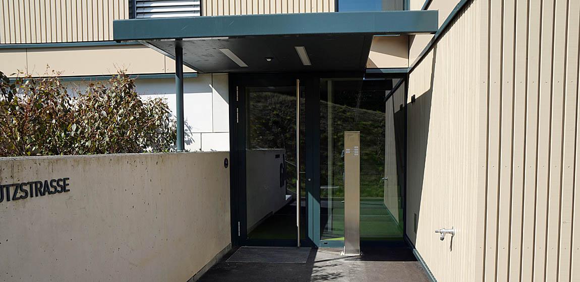Privatobjekt in Luzern - Türen aus Aluminium
