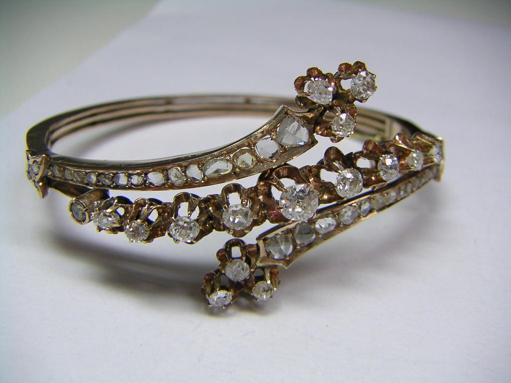 Armreif, Historismus, spätes 19. Jahrhundert, Diamanten im Altschliff und Rosenschliff