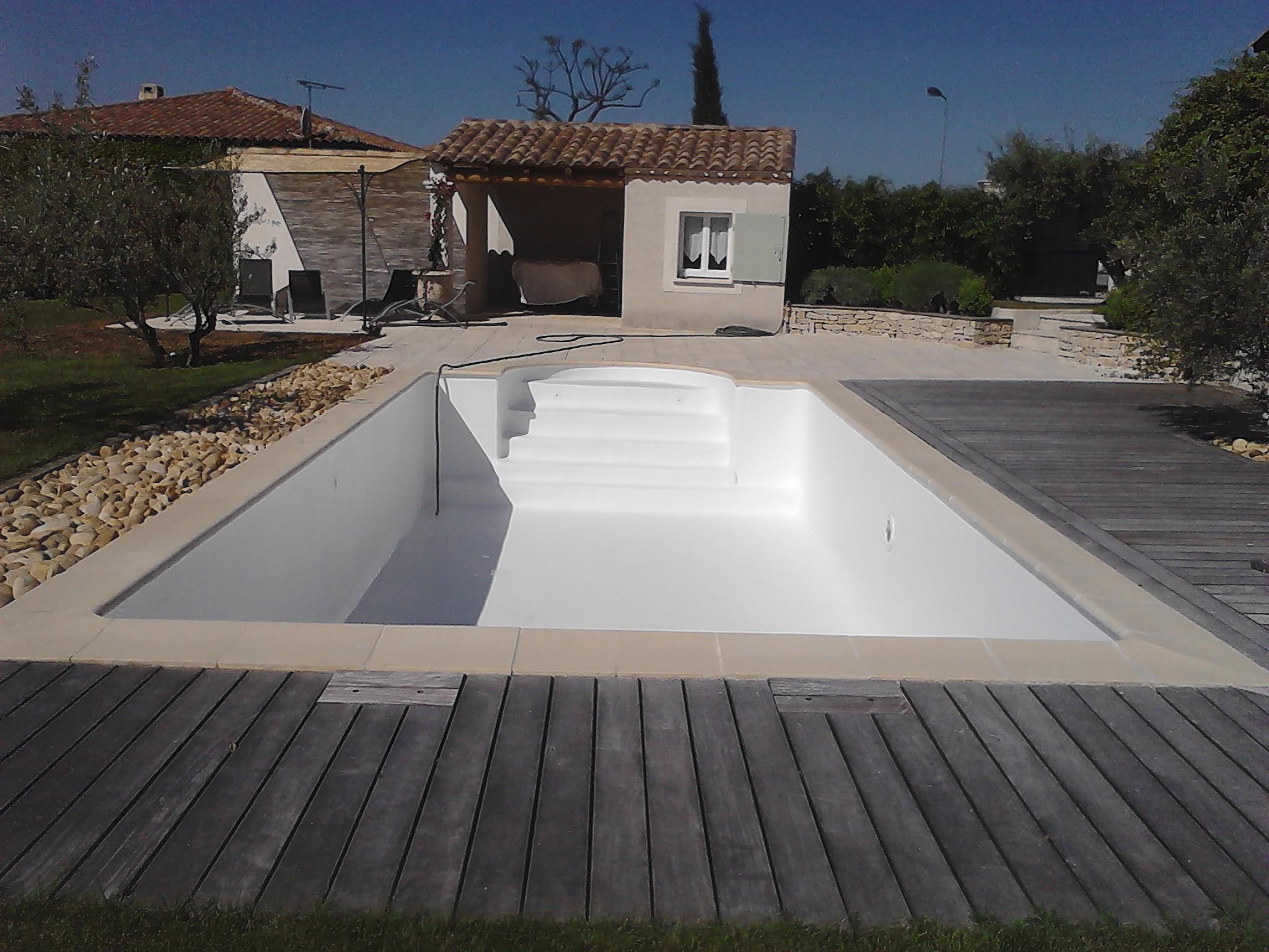 gelcoat piscine blanc