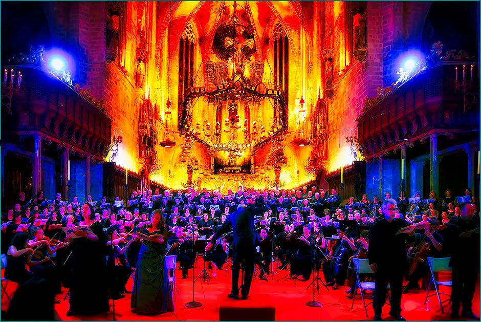 La Seu,  Cathedral of Palma, Mozart  Mozart Coronation Mass, Misa de la Coronación, Gaudi, canopyi baldachín