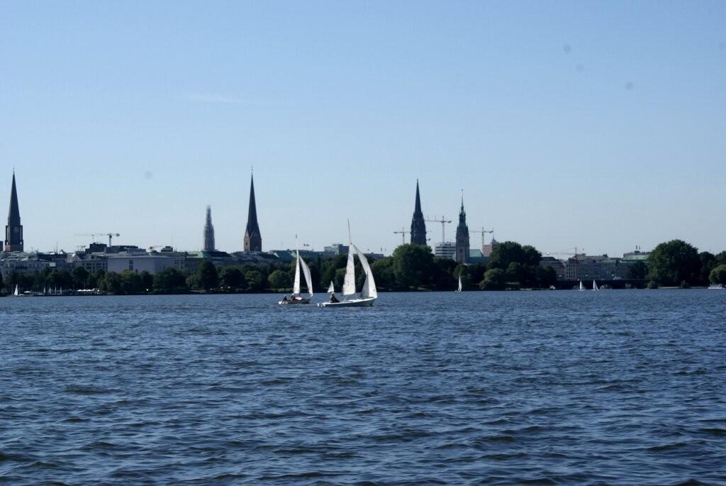 Die berühmte Sky-Line von Hamburg.