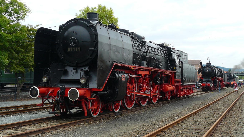 Im Freigelände des Deutschen Dampflokmuseums (DDM) die 01 111.