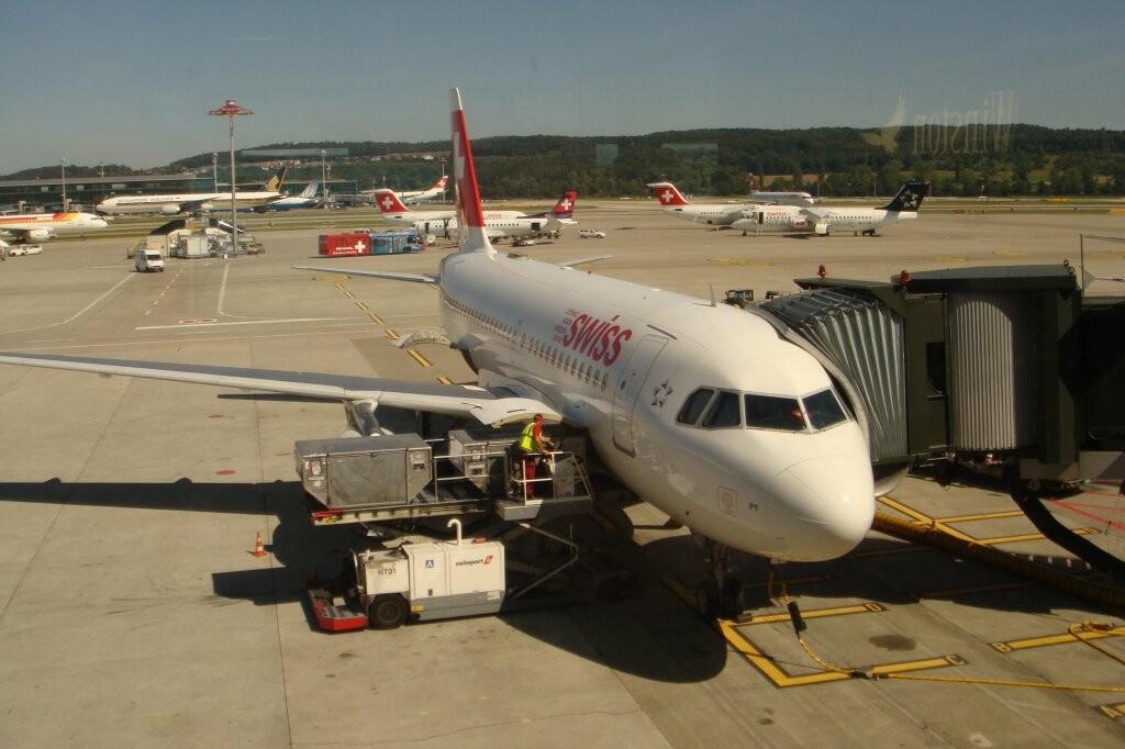 Zürich Flughafen: Unser Flugzeug.