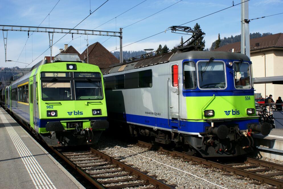 Regelbetrieb der BLS in Langnau.
