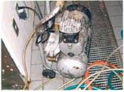発泡機とコンプレッサーの写真