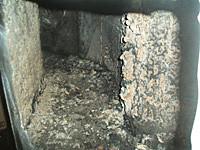 ▲火災で焼けたダクトの内部