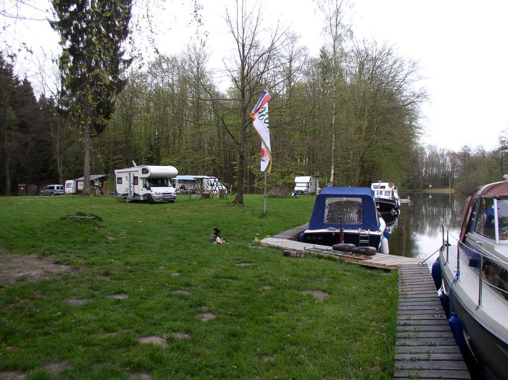 Das war der Rastplatz für Boote u. Womos.