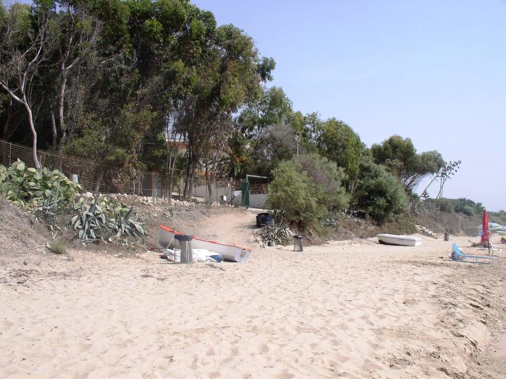 Strand und zugang zum CP Due Rocche Eurocamping