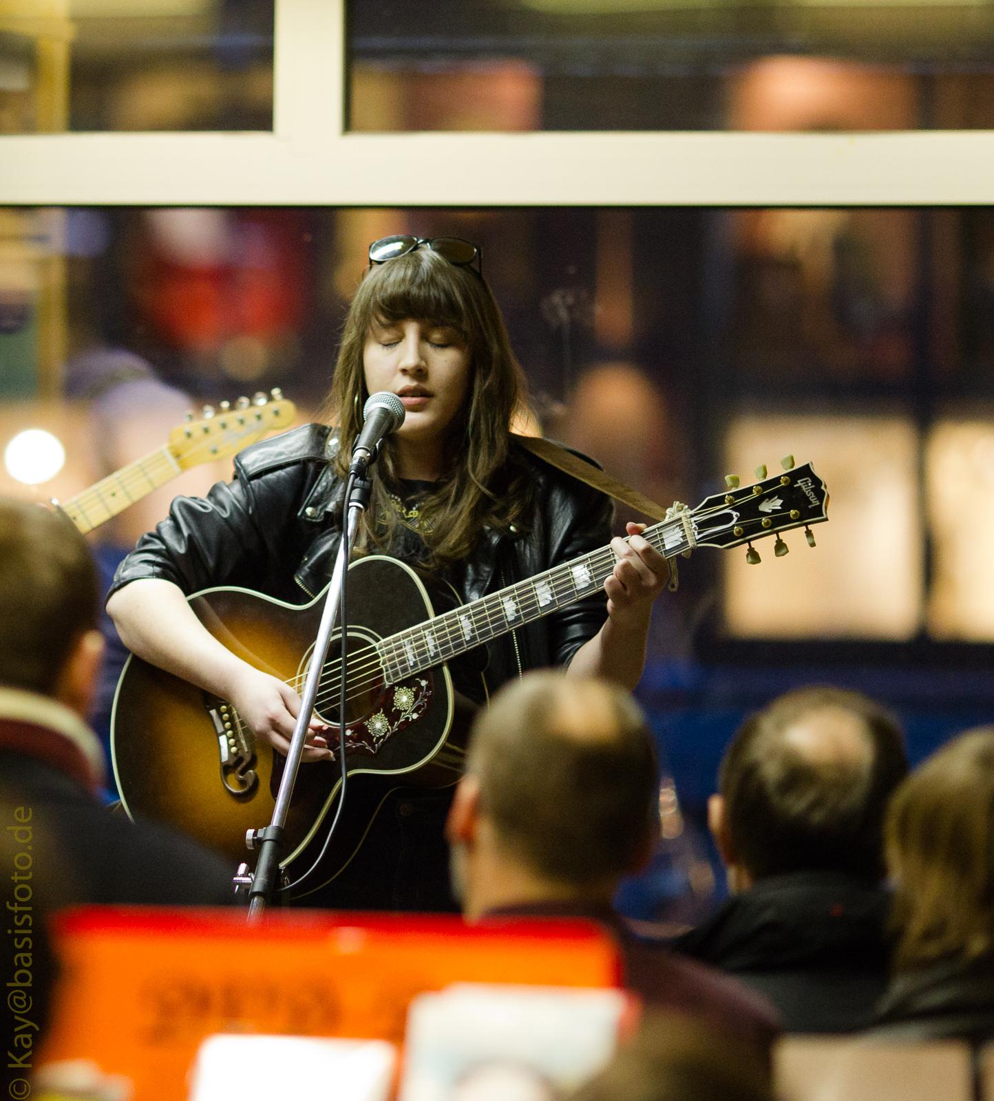 Michelle-Records, Hamburg - Caitlin Rose (2011)