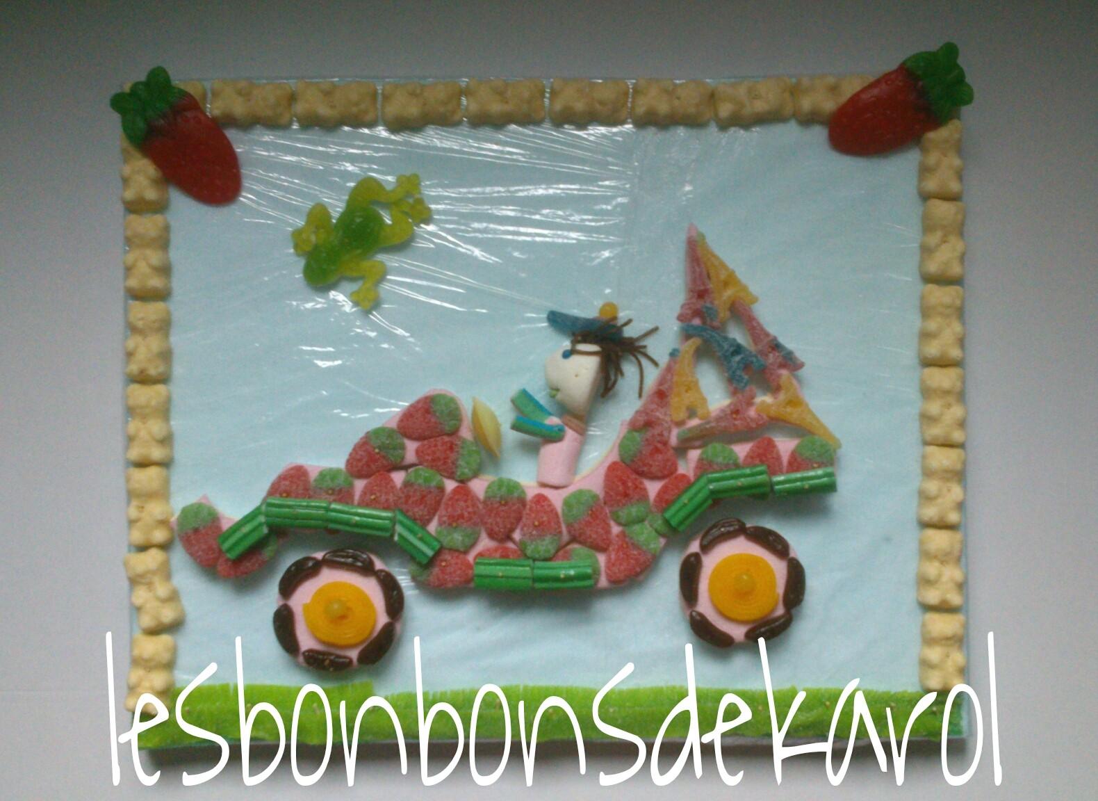 BUGGY 35 € (50 x 40 cm - 937 gr et 78 bonbons + 24 ours chocolat blanc + plaque lard/guimauve)