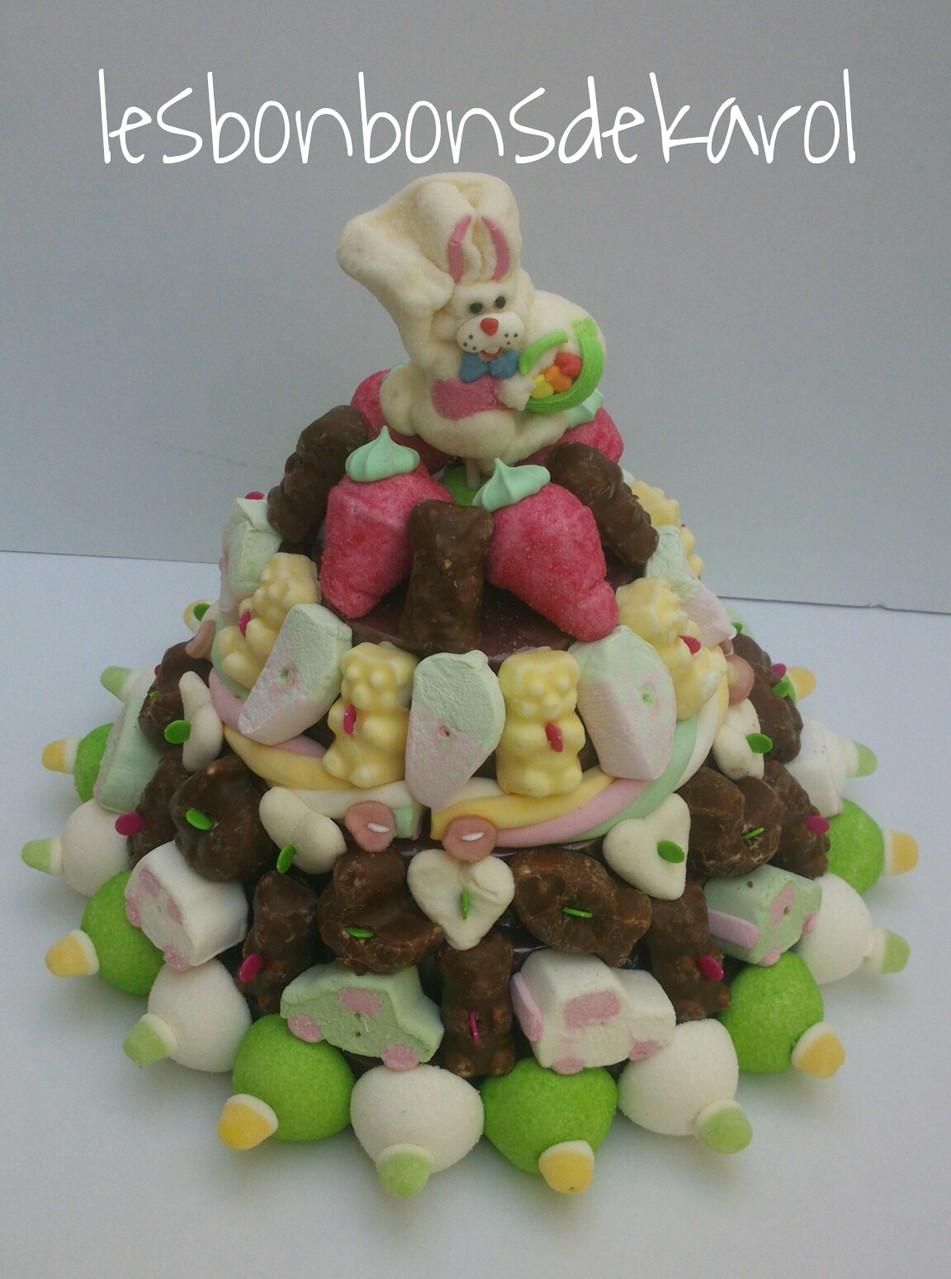 GUIMAUVE et CHOCOLAT 45 € (1 kg et 112 bonbons + 1 sucette + 50 cm tresse guimauve - diam 35 ht 28 cm)