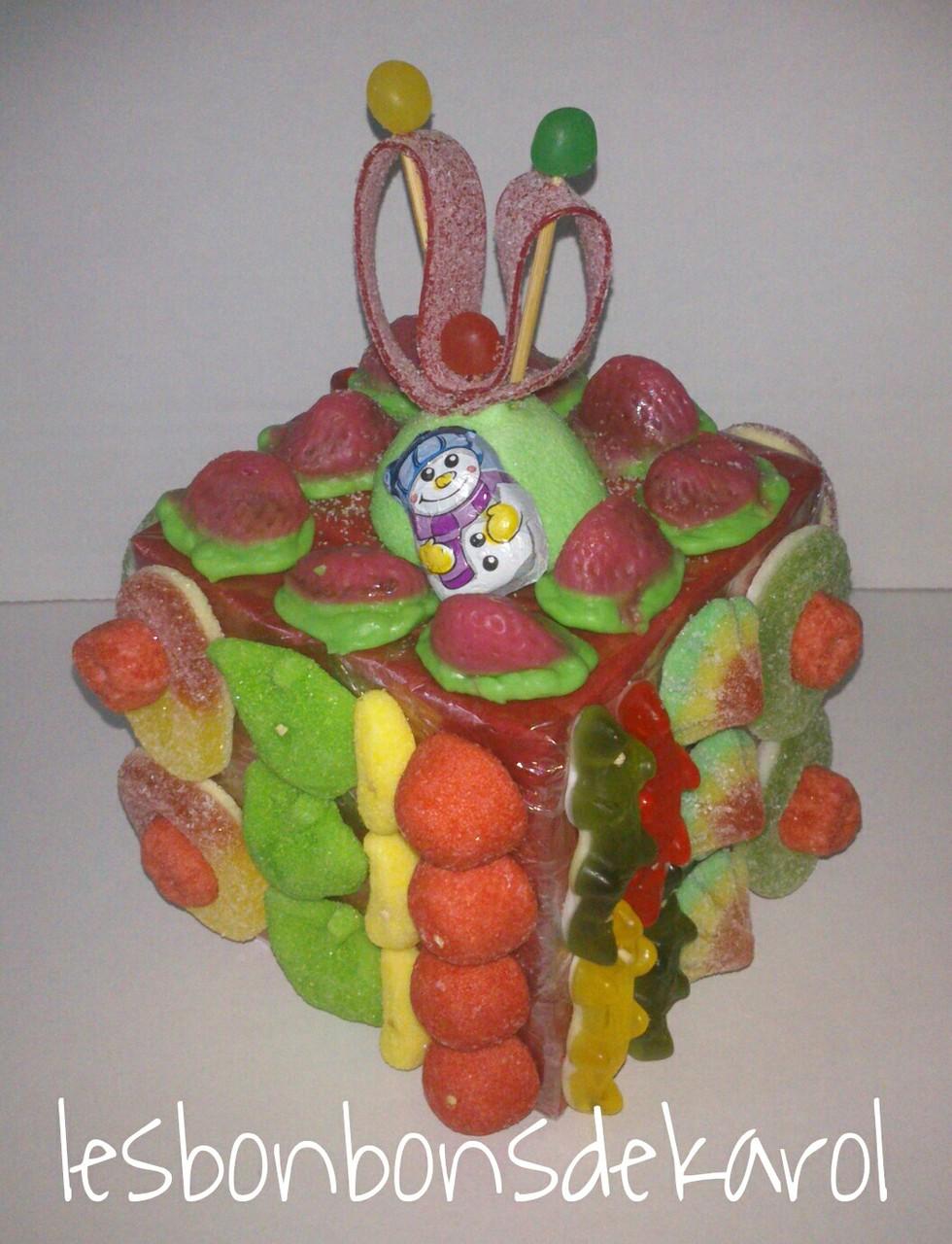 CADEAU  17,50 € (360 gr et 65 bonbons - ht 19 larg 13 cm)
