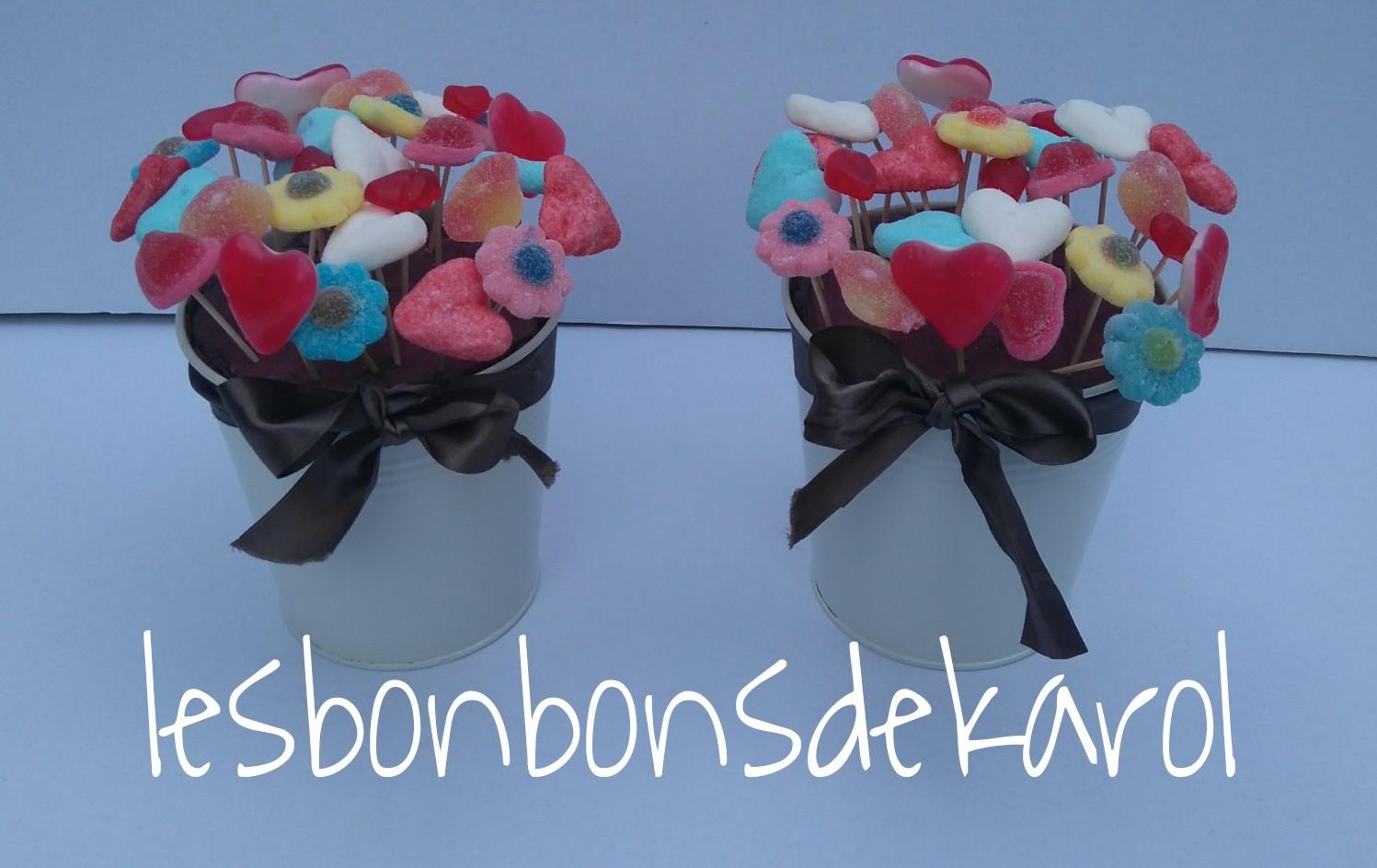 POTEE de BONBONS 12,50 € (28 bonbons - pot blanc existe aussi en bleu, vert, orange, argent, rose)