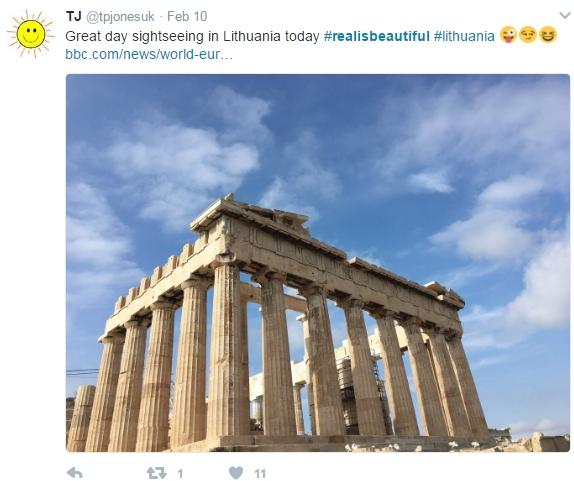 """Unter dem Hashtag """"realisbeautiful"""" reagiert das Netz satirisch auf den Werbeskandal"""