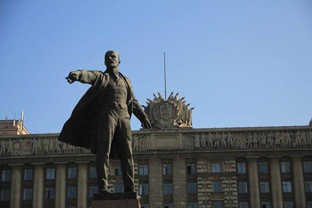 """Lenin ist zu während der """"Weissen Nächte"""" durchgehend sichtbar"""