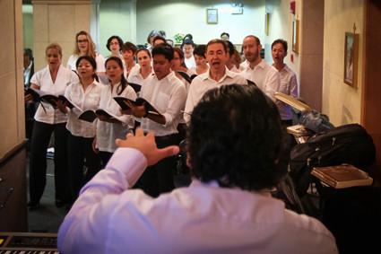 Shanghai Voices unter der Leitung von Hernan Castro