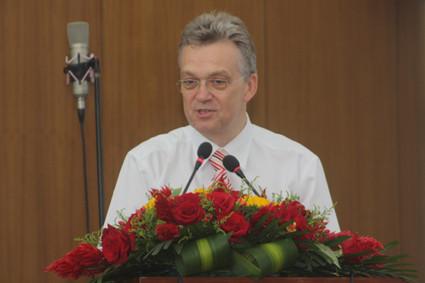 Pastor Dr. Karl Heinz Schell, Ev. Gemeinde Peking