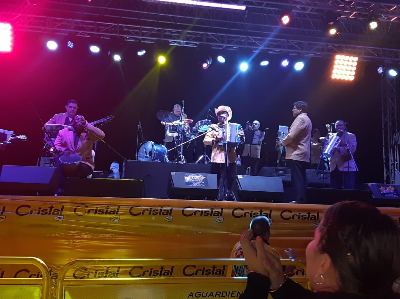 Armando Hernández y su Combo en la feria de Manizales 08 enero 2020