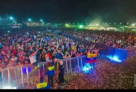 Más de 30000 personas