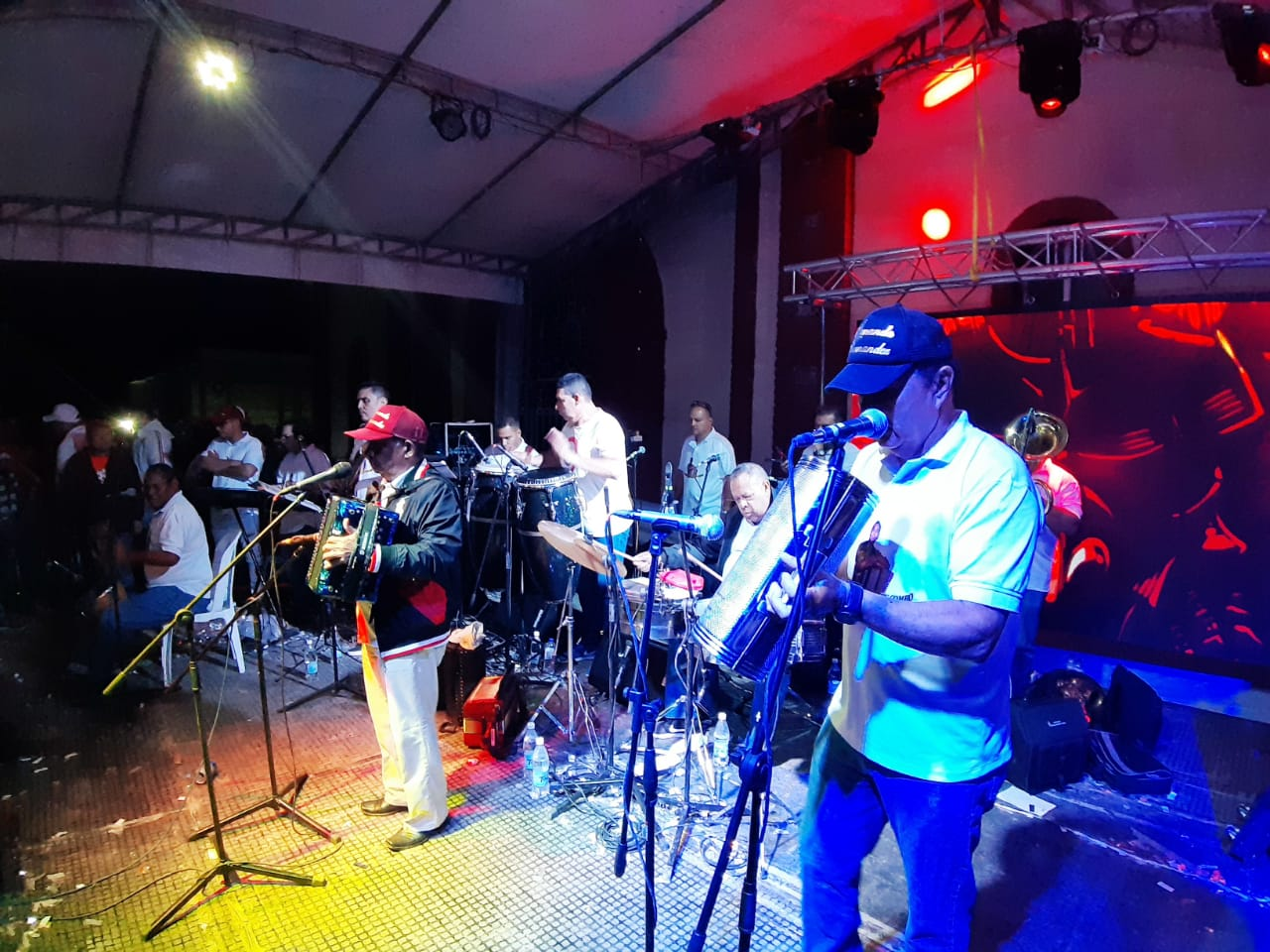 Armando Hernández y su Combo en Piendamó Cauca 05 enero 2020