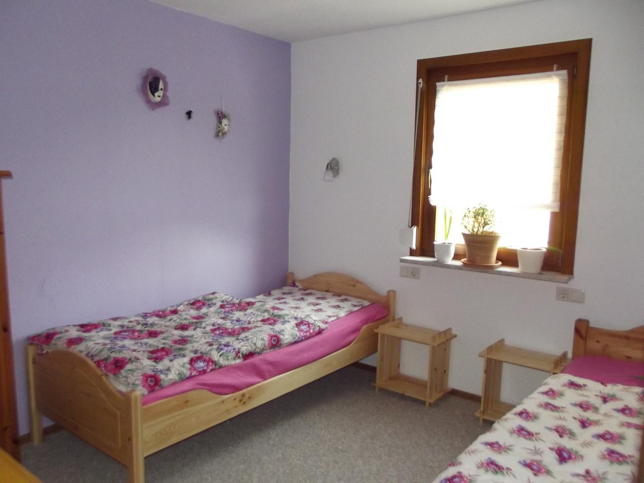 Hauptwohnung Parterre:  2. Schlafzimmer