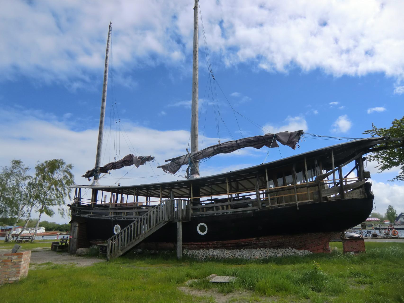 Das Boot wird als Ferienwohnung vermietet