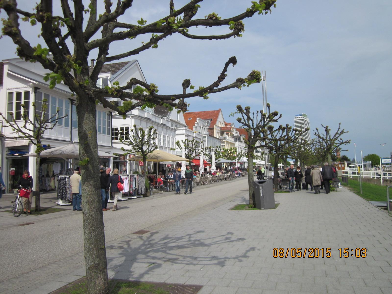 Einkaufspromenade
